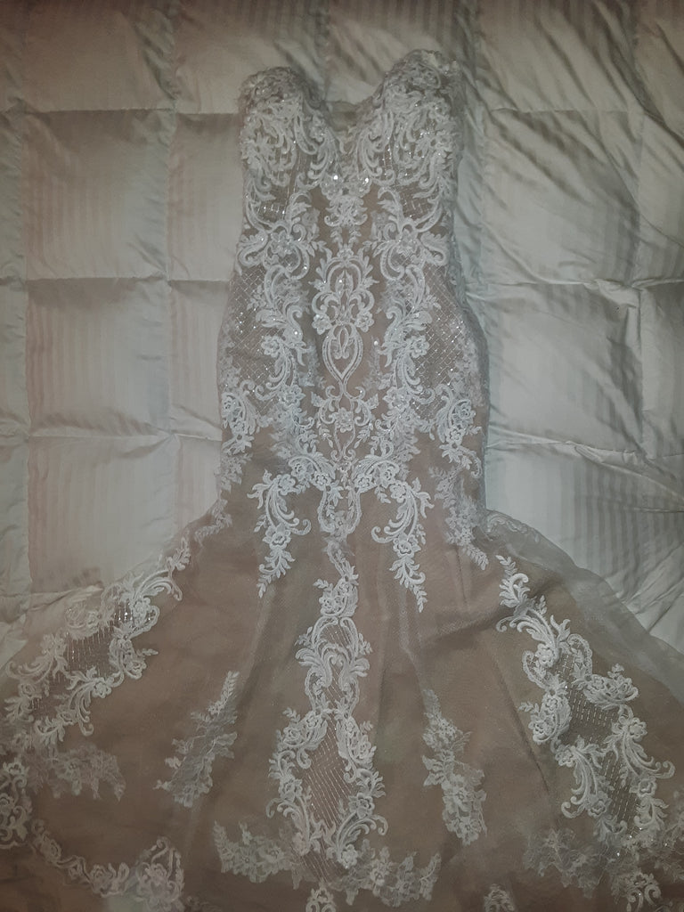 Maggie Sottero 'Autumn Lace' size 6 used wedding dress front view flat