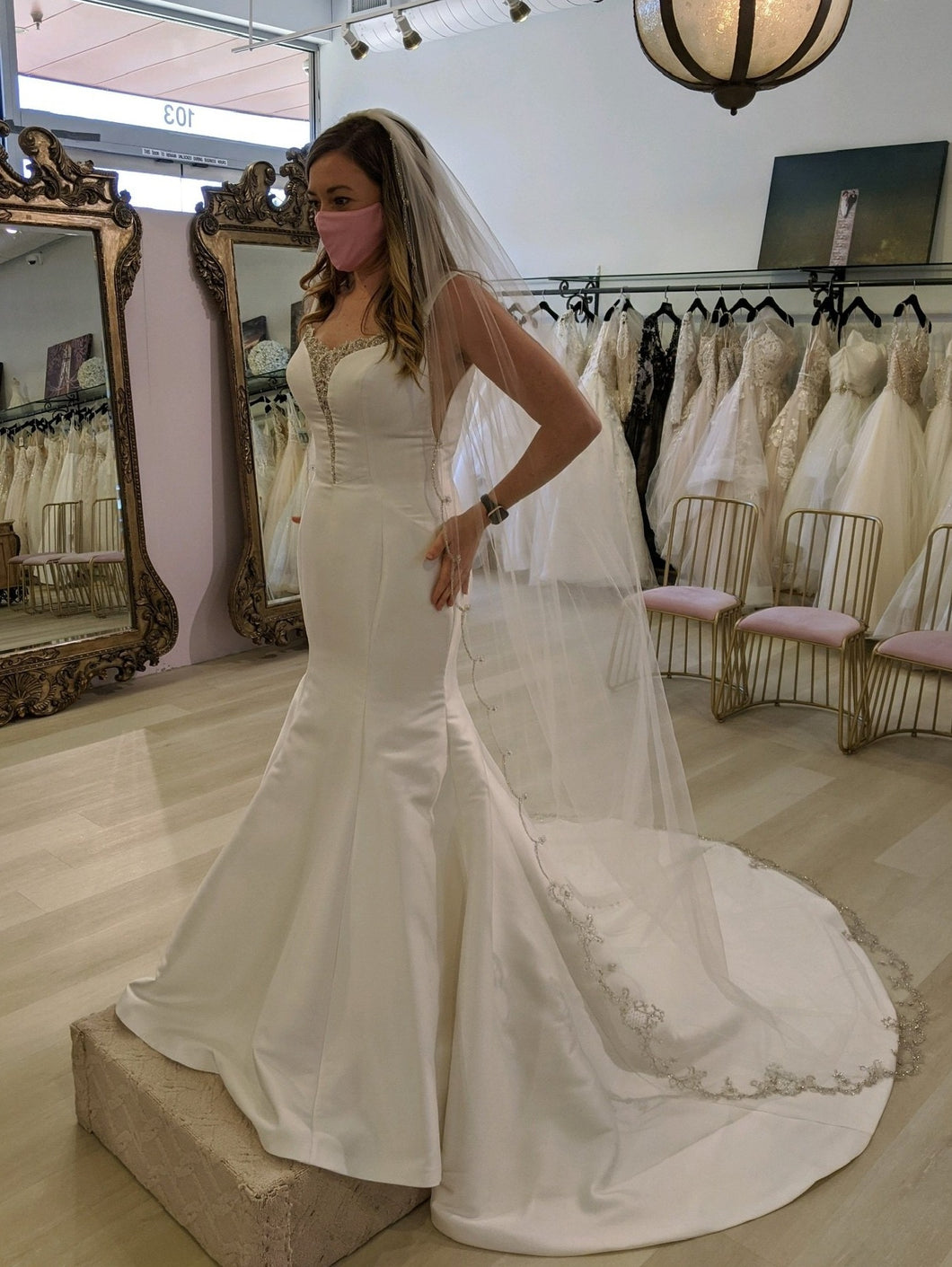 Maggie Sottero 'Ladelle' wedding dress size-06 SAMPLE