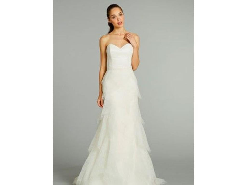 Alvina Valenta AV9260 Chantilly Lace Wedding Dress - Alvina Valenta - Nearly Newlywed Bridal Boutique - 3
