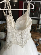 Load image into Gallery viewer, Stella York '6558' size 8 used wedding dress back view on hanger