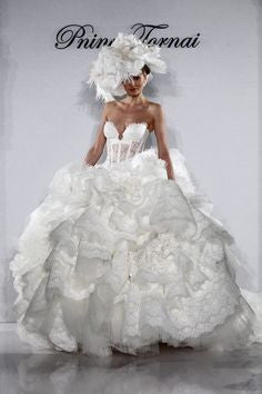 Pnina Tornai Kleinfeld Style 4152 Wedding Dress - Pnina Tonai - Nearly Newlywed Bridal Boutique - 3