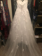 Load image into Gallery viewer, Mia Solano 'Phoenix' size 4 used wedding dress back view on hanger
