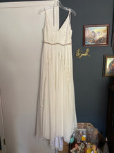 Load image into Gallery viewer, BHLDN 'Bonaire Dreams of You ' wedding dress size-06 NEW