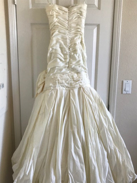 Ines Di Santo 'Turquoise' size 4 used wedding dress back view on hanger
