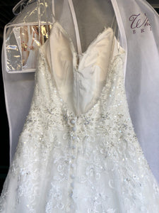 Stella York '6347' size 4 new wedding dress front view close up
