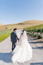 Load image into Gallery viewer, David's Bridal '7WG3741'