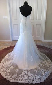 Kenneth Winston '1518' size 12 new wedding dress back view on mannequin