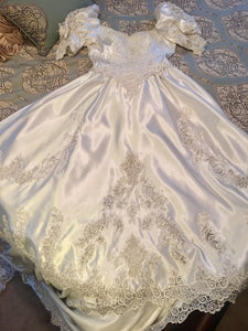 Mori Lee 'Princess' size 12 used wedding dress front view of front