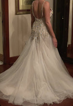 Load image into Gallery viewer, Hayley Paige 'Hayley Paige dress' wedding dress size-04 PREOWNED