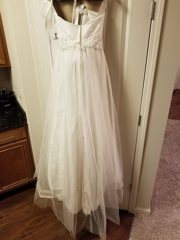 David's Bridal 'Strapless Tulle' size 2 new wedding dress back view on hanger