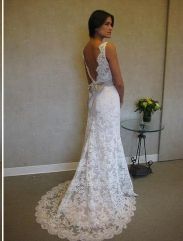 Jim Hjelm '8904' size 14 used wedding dress back view on bride