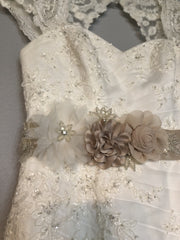 David's Bridal 'Tulle Over Satin' size 8 used wedding dress front view close up