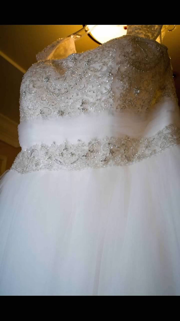 Casablanca '2052' size 22 used wedding dress front view