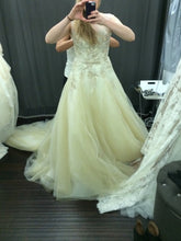 Load image into Gallery viewer, Pronovias 'Obdulia' - Pronovias - Nearly Newlywed Bridal Boutique - 4