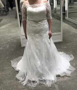 David's Bridal 'Jewel 3/4 Sleeve Lace'
