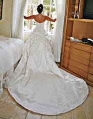 Monique Lhuillier Camelot Silk Ball Gown - Monique Lhuillier - Nearly Newlywed Bridal Boutique - 2