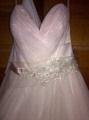 Allure '2904' size 12 new wedding dress front view on hanger