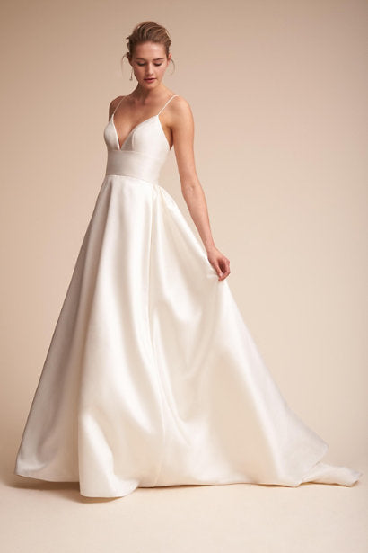 BHLDN 'Opaline Ballgown' size 0 used wedding dress front view on model