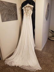 Justin Alexander 'Lilian West Collection' size 14 new wedding dress back view on hanger