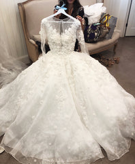 Mori Lee '8128 Maritza' size 4 used wedding dress front view on hanger