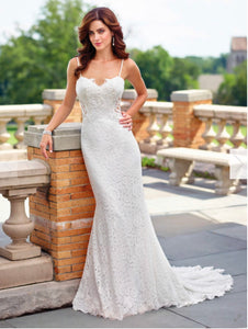 Mon Cherie 'Enchanting' size 8 new wedding dress front view on model