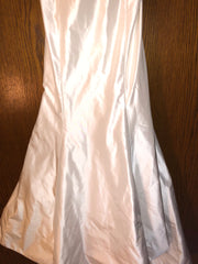 Isabelle Armstrong 'Helena' size 10 new wedding dress view of body of dress