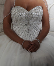 Load image into Gallery viewer, Fiore Coutre 'Princess' size 14 sample wedding dress front view on bride
