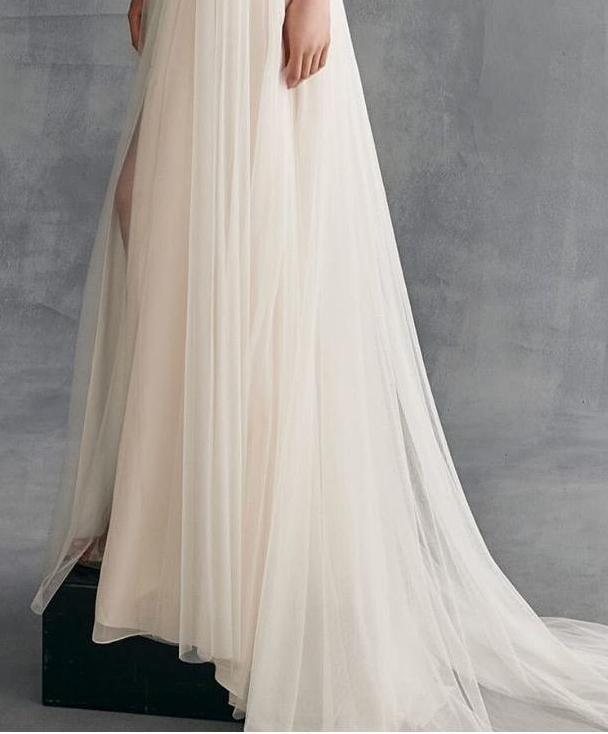 Ines Di Santo 'Evelyn' size 18 used wedding dress view of body of dress