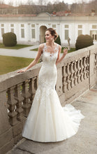Load image into Gallery viewer, Eddy K '1078' size 8 used wedding dress front view on model