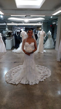 Load image into Gallery viewer, Essence of Australia '1910' size 6 new wedding dress front view on bride