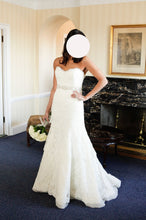 Load image into Gallery viewer, Rivini 'Dari' wedding dress size-08 PREOWNED