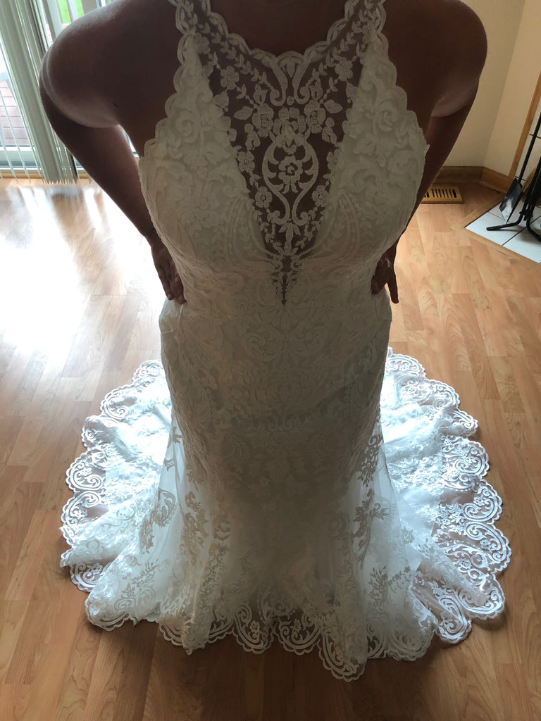 Maggie Sottero 'Winifred' size 10 new wedding dress front view close up