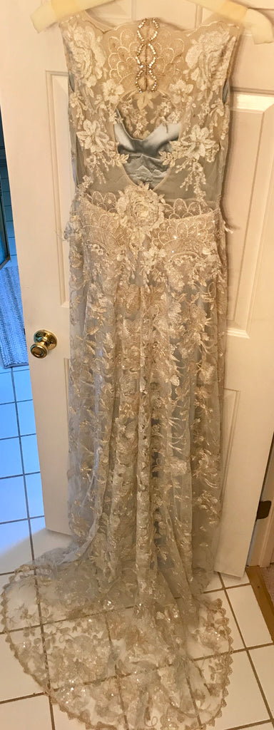 Claire Pettibone 'Eden' size 4 new wedding dress back view on hanger