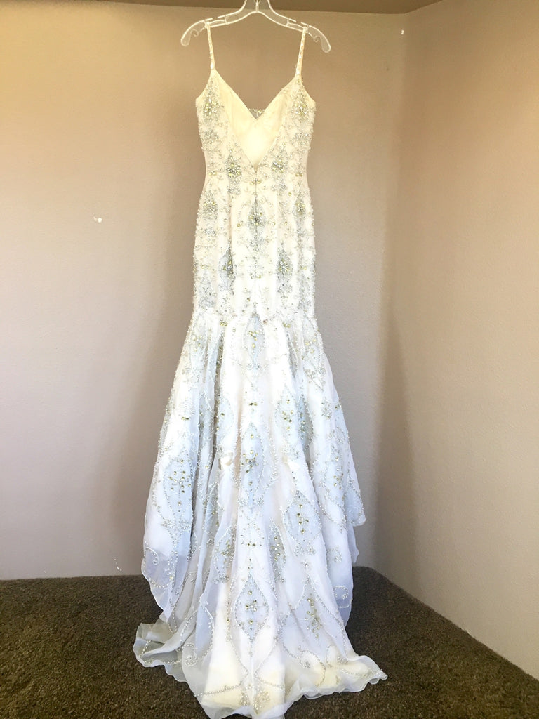 Stephen yearick 39 couture 39 size 2 used wedding dress for Resell your wedding dress