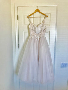 Moonlight 'Tango T750' size 6 new wedding dress back view on hanger