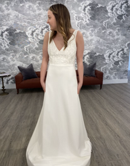 Anais Annette  'Willow' wedding dress size-04 PREOWNED