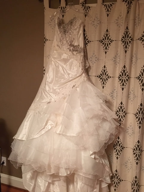 Farage Paris 'Sheena' size 10 new wedding dress front view on hanger