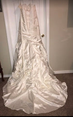 Allure Bridals 'Mermaid' size 14 new wedding dress back view on hanger