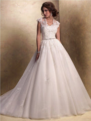Maggie Sottero 'Windsor ' wedding dress size-12 PREOWNED