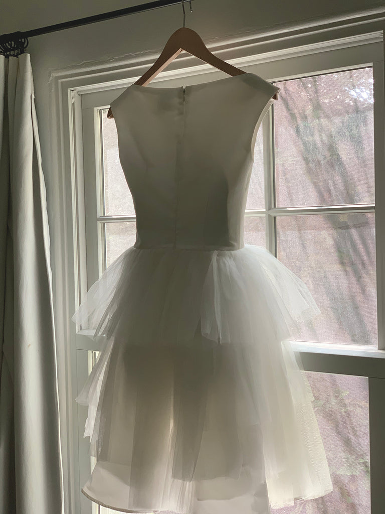 TOBI HANNAH 'AMAZE' wedding dress size-00 PREOWNED