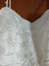 Load image into Gallery viewer, Alfred Angelo 'A Line Sweetheart' size 12 used wedding dress view of material