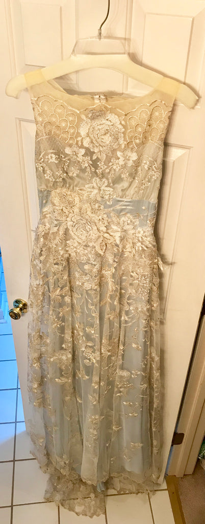 Claire Pettibone 'Eden' size 4 new wedding dress front view on hanger
