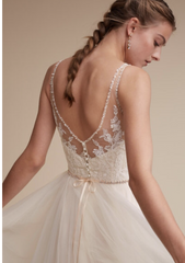 BHLDN 'Cassia' size 6 new wedding dress back view close up