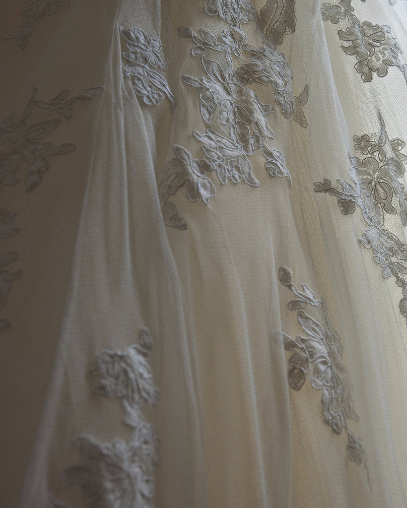 Pronovias 'Alcanar' size 2 used wedding dress close up view of material