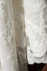 Casablanca '2072' - Casablanca - Nearly Newlywed Bridal Boutique - 6