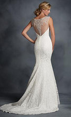 Alfred Angelo '2524' size 6 new wedding dress back view on model