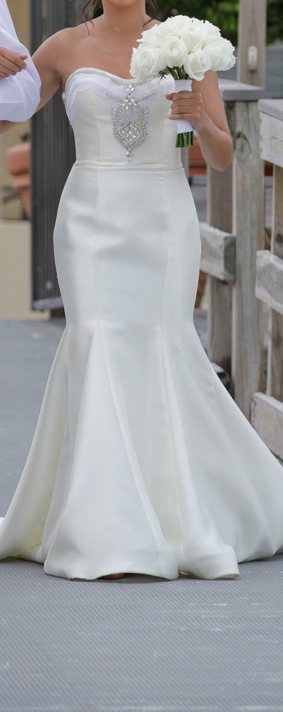 Cristiano Lucci 'Lana' size 2 used wedding dress front view on bride