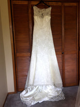 Load image into Gallery viewer, Augusta Jones 'Ali' - Augusta Jones - Nearly Newlywed Bridal Boutique - 3