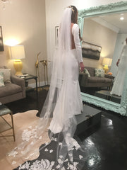 Antonio Gual 'Killian' size 2 new wedding dress side view on bride