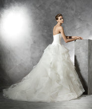Load image into Gallery viewer, Pronovias 'Belia' - Pronovias - Nearly Newlywed Bridal Boutique - 2